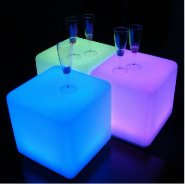"""60 cm 24"""" Outdoor LED Cordless Cube Chair Color Changing Light"""